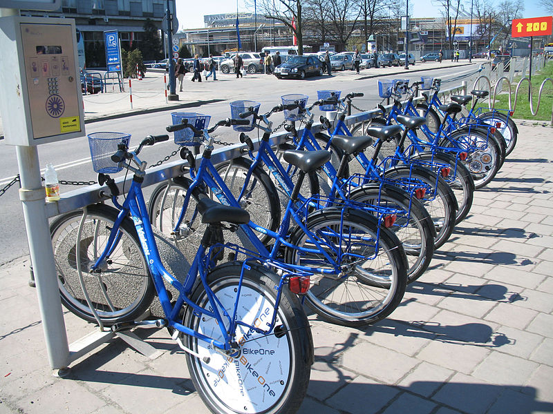 800px-BikeOne_bicycles_in_Kraków
